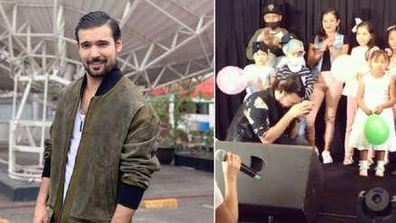 Ezio Oliva se emociona al recibir emotiva sorpresa de niños en México