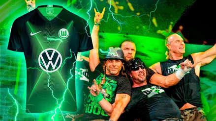 ¿Se inspiró en los DX? El club Wolfsburgo reveló su camiseta y WWE notó similitud