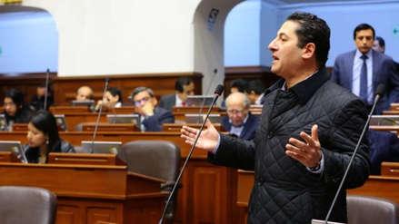 Salvador Heresi: Si Vizcarra cierra el Congreso