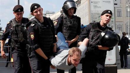 Más de 200 detenidos durante manifestación opositora en Moscú
