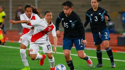 Perú cayó 3-0 ante Argentina en su debut en fútbol femenino en los Juegos Panamericanos Lima 2019