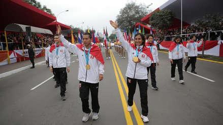 Gladys Tejeda, Christhian Pacheco y otros medallistas desfilaron en la Parada Militar de Fiestas Patrias