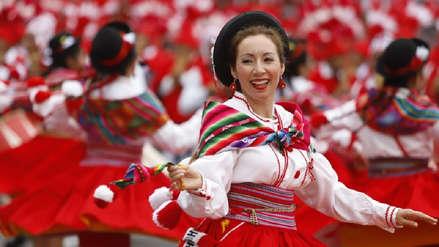 15 fotos del color y alegría en el pasacalle cultural en la Gran Parada Militar