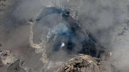 Volcán Ubinas: Ingemmet detecta cuerpo de lava en base del cráter y prevé explosiones