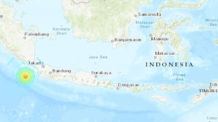 Terremoto de magnitud 7.4 sacudió el sur de Indonesia