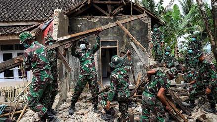 Un muerto, 4 heridos y más de 1.000 desplazados por el terremoto en Indonesia