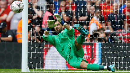 ¡Se lució! El penal atajado por Claudio Bravo para darle al Manchester City el título del Community Shield