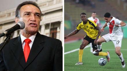 Becerril nuevamente criticó desempeño de la 'Blanquirroja' tras derrota ante Jamaica