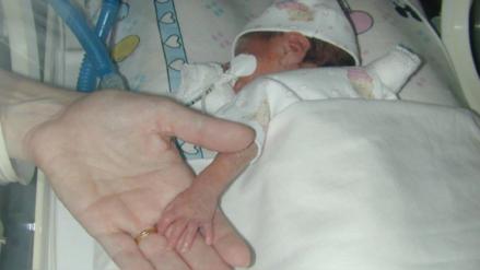 """Luz Milagros, la recién nacida que """"regresó de la muerte"""" [VIDEOS]"""