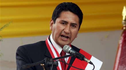 Vladimir Cerrón afirma que jueza dictó sentencia en su contra