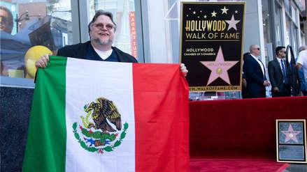 Guillermo del Toro tras recibir su estrella en el Paseo de la Fama de Hollywood: