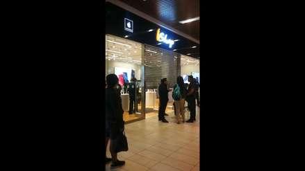 Delincuentes asaltan tienda del Jockey Plaza vestidos como vigilantes del local [VIDEO]