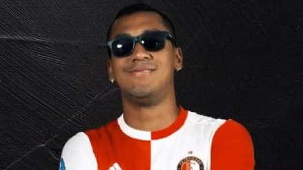 Renato Tapia volvió a ser titular y Feyenoord lo confirma con llamativo video