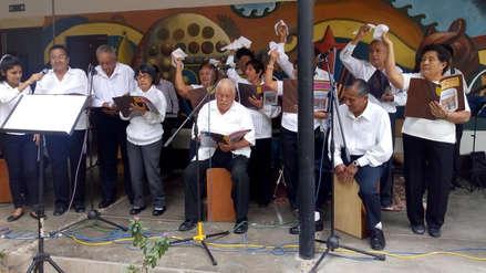 Proyecto universitario incluye a ancianos  para interpretar música peruana