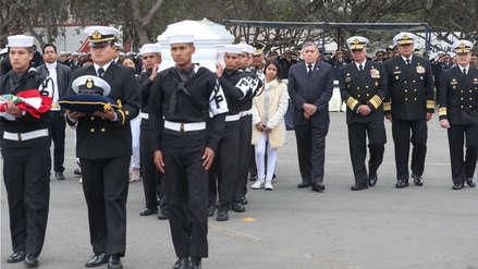 Oficial de mar que falleció durante misión de paz en África recibió honores de las fuerzas armadas [FOTOS]