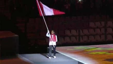 ¡Orgullo total! Gladys Tejeda llevó la bandera peruana en la clausura de los Juegos Panamericanos