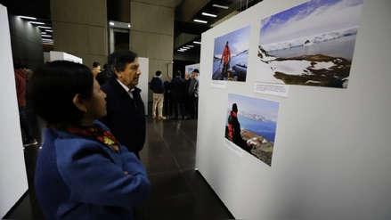 Inauguran exposición fotográfica por los 30 años de la Estación Científica Machu Picchu en la Antártida