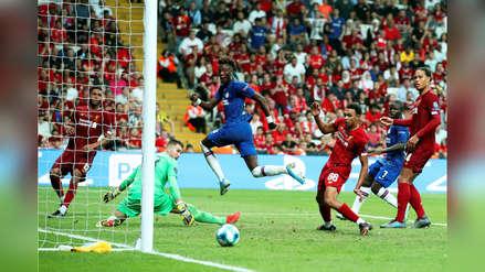 ¡Enorme! La gran atajada de Adrián que salvó a Liverpool en el tiempo extra por la Supercopa de Europa