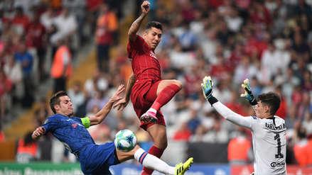 ¡Salvo su arco! Kepa Arrizabalaga realizó doble atajada en el partido entre Liverpool y Chelsea