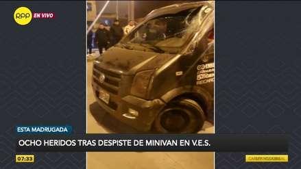 Miniván que llevaba pasajeros de forma informal se despistó y dejó ocho heridos graves