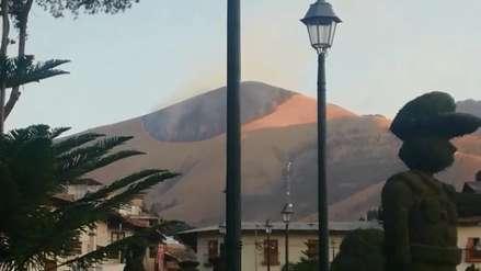 Caída de tres globos aerostáticos provoca incendio en un cerro en plena fiesta patronal de Huamachuco