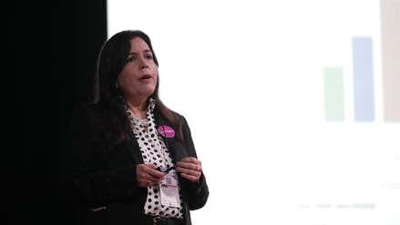Karina Olivas: Políticas públicas deben trabajar las brechas salariales entre hombres y mujeres