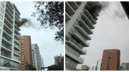 San Isidro: Una pareja de ancianos fue rescatada en incendio de edificio de la avenida Camino Real