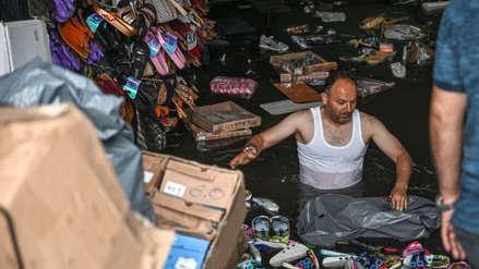 Un muerto, calles anegadas y casas inundadas dejó una intensa tormenta en Turquía [VIDEO]