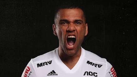 ¡Es una máquina! Dani Alves marcó un gol en su debut con Sao Paulo ante Ceará por el Brasileirao
