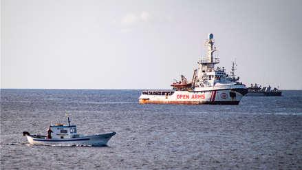 Barco humanitario