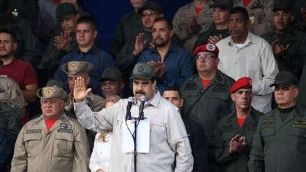 Estados Unidos afirma que entorno de Maduro busca frecuentemente negociar su salida del poder