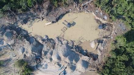 Drones y satélites combaten la minería y tala ilegales en Madre de Dios