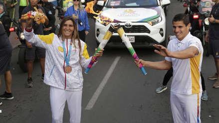 Medallistas llevaron la Antorcha parapanamericana en su primer día de recorrido por las calles de Lima