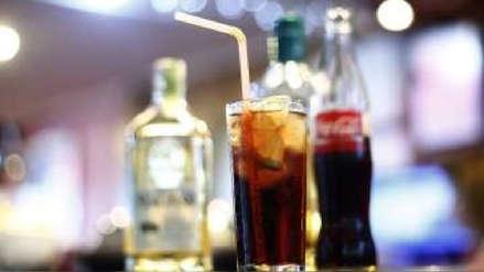 Coca Cola Andina entra al negocio del alcohol en Chile al comercializar