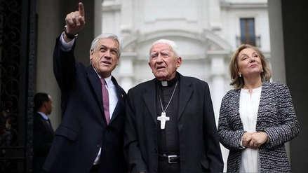 El Vaticano investigará por abuso sexual a arzobispo chileno, tío del presidente Sebastián Piñera