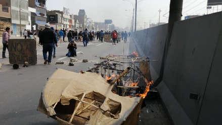 Rutas de Lima | Manifestantes y policías se enfrentaron en Panamericana Norte en protesta contra peajes