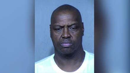 Entrenador de baloncesto juvenil fue arrestado tras ser denunciado por varias niñas de abuso sexual