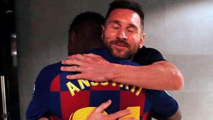 Lionel Messi dio un tierno abrazo a Ansu Fati tras su debut en Barcelona
