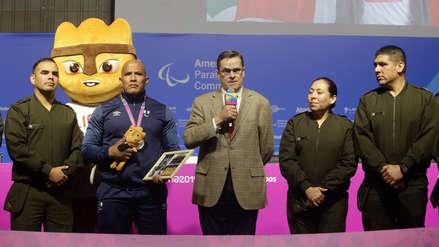 Carlos Neuhaus sobre medallista parapanamericano Carlos Felipa: