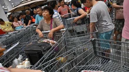 Tienda estadounidense tuvo que cerrar en China el mismo día de su inauguración