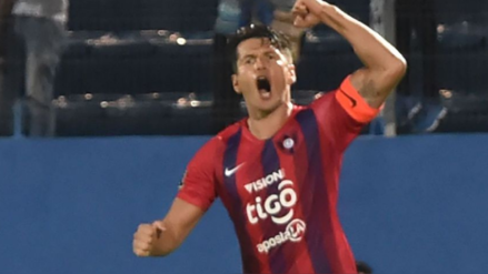 ¡Abrió el marcador! El gol de cabeza de Nelson Valdez para Cerro Porteño sobre River Plate por la Copa Libertadores
