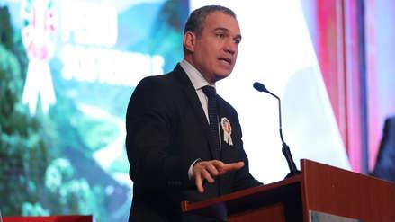 Salvador del Solar confirma licencia a la PCM y pide evitar