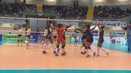 Perú cayó 3-2 ante Colombia por el Sudamericano de Voleibol Femenino