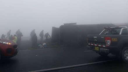 Huaral: Bus interprovincial se vuelca y deja varios heridos en variante de Pasamayo