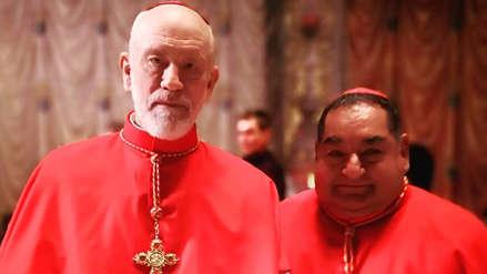 Ramón García se luce al lado de John Malkovich en nuevo tráiler de la serie