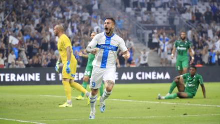 Golazo del 'Pipa' Benedetto para Olympique de Marsella ante el Saint Etienne de Miguel Trauco
