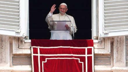 Papa Francisco estuvo atrapado en un ascensor por varios minutos y fue rescatado por los bomberos