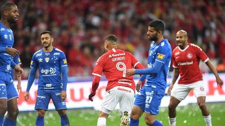 ¡No pudo de visitante! Cruzeiro cayó goleado 3-0 ante Internacional por la semifinal de la Copa Brasil