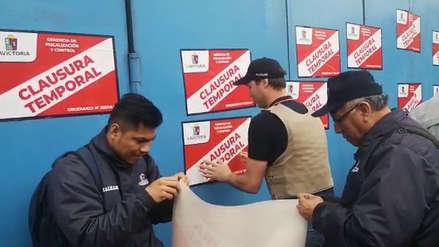 Municipalidad de La Victoria clausuró el centro comercial Polvos Azules