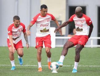 Con Gabriel Costa y Raúl Ruidíaz: el once de la Selección Peruana para el partido ante Ecuador